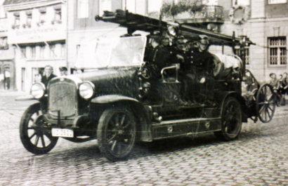 Kraftfahrspritze Typ 10