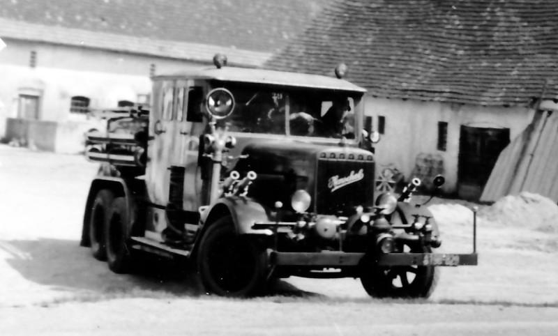 Henschel Ts-2,5 Frontansicht