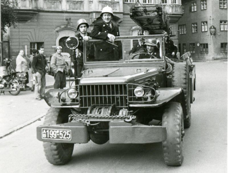Dodge-W52